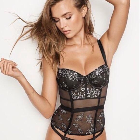 de1b0a99b8 Rare Victoria s Secret shine lace bustier corset. NWT